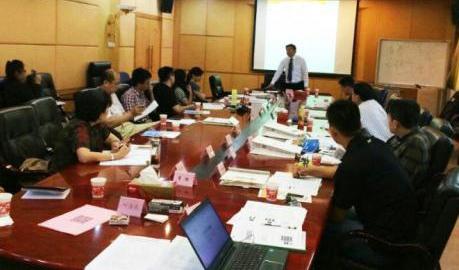 5月6日宫同昌老师应邀为北汽福田进行《互联网营销》培训!