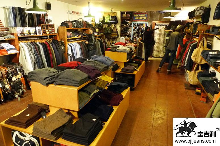 外贸服装店装仹f�x�_服装外贸的常识
